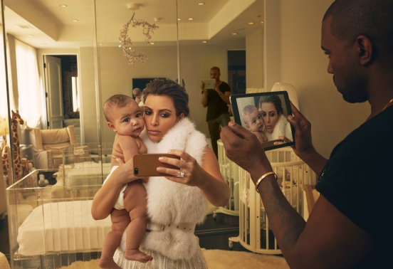 010-1-kardashian-west-family